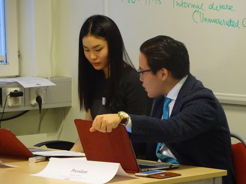 Delegates Discuss Diseases